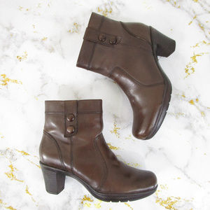 Clarks Solid Brown Leather Ankle Boots Booties
